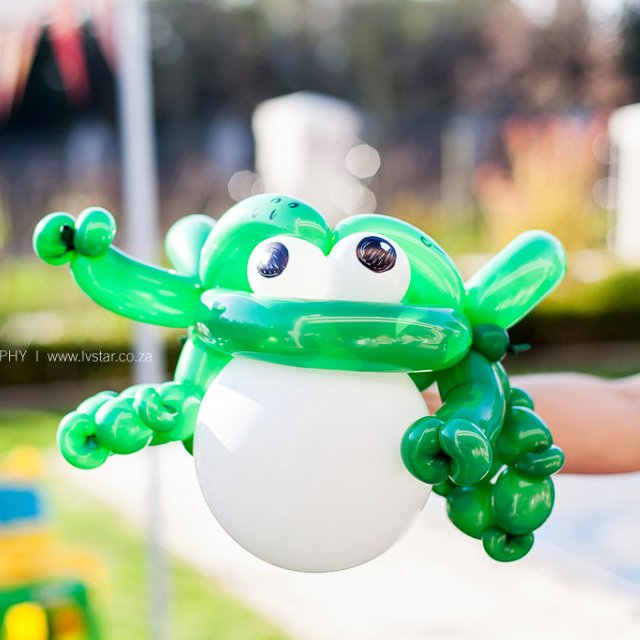 Balloon Art Kids Party Entertainment Bazinga Parties Zurich
